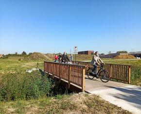 fietsbrugje aan fietspad AZ Delta-Oekene