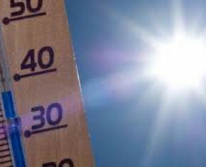 thermometer in felle zon